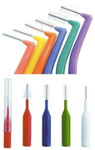 Higiene bucal con cepillos interpoximales. Tratamientos de odontología conservadora