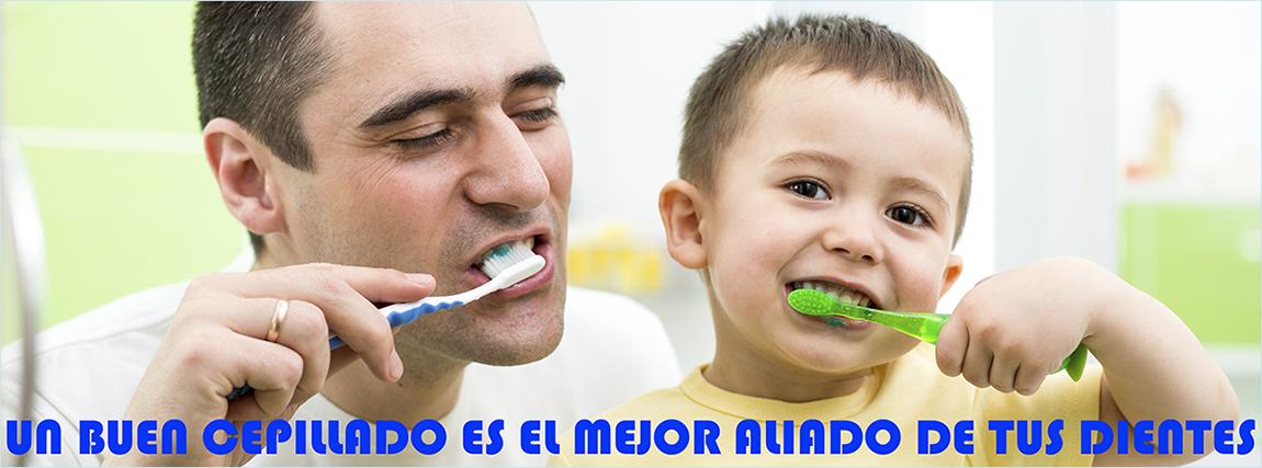 Cuidado dental: cepillado de dientes en Centro odontológico Tetuán